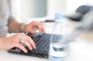Обмислят затвор за кражба на профил в интернет