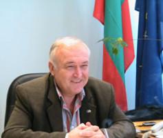 Кметът на Павел Баня отива на съд за сделка отпреди 10 години