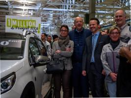 Милионният Peugeot 2008 слиза от производствената линия на завода в Мюлуз