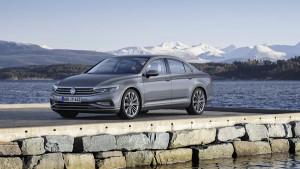 Новият Passat ще бъде първият модел на Volkswagen предлагащ частично автономно движение