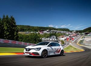 Новото Renault Megane R.S. Trophy-R поставя нов рекорд
